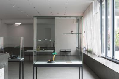 Print/Permalink: Http://isamelsheimer.com/exhibition/kontrastbed%C3%BCrfnis